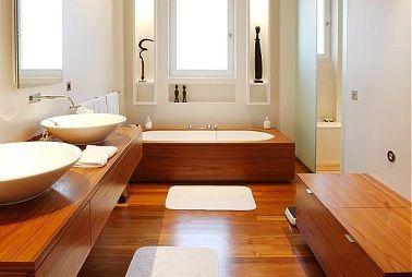 Bois et blanc pour une salle de bain tendance | Salles de bains ...