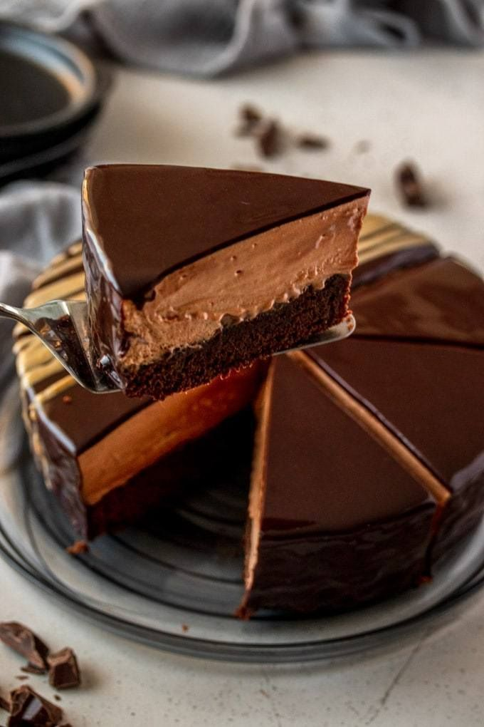 A gorgeous dense mud cake base topped with smooth creamy easy chocolate mouss