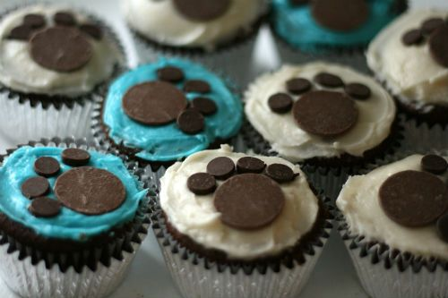 9 Perfect Dog Cupcakes to Wow Your Friends on National Cupcake Day