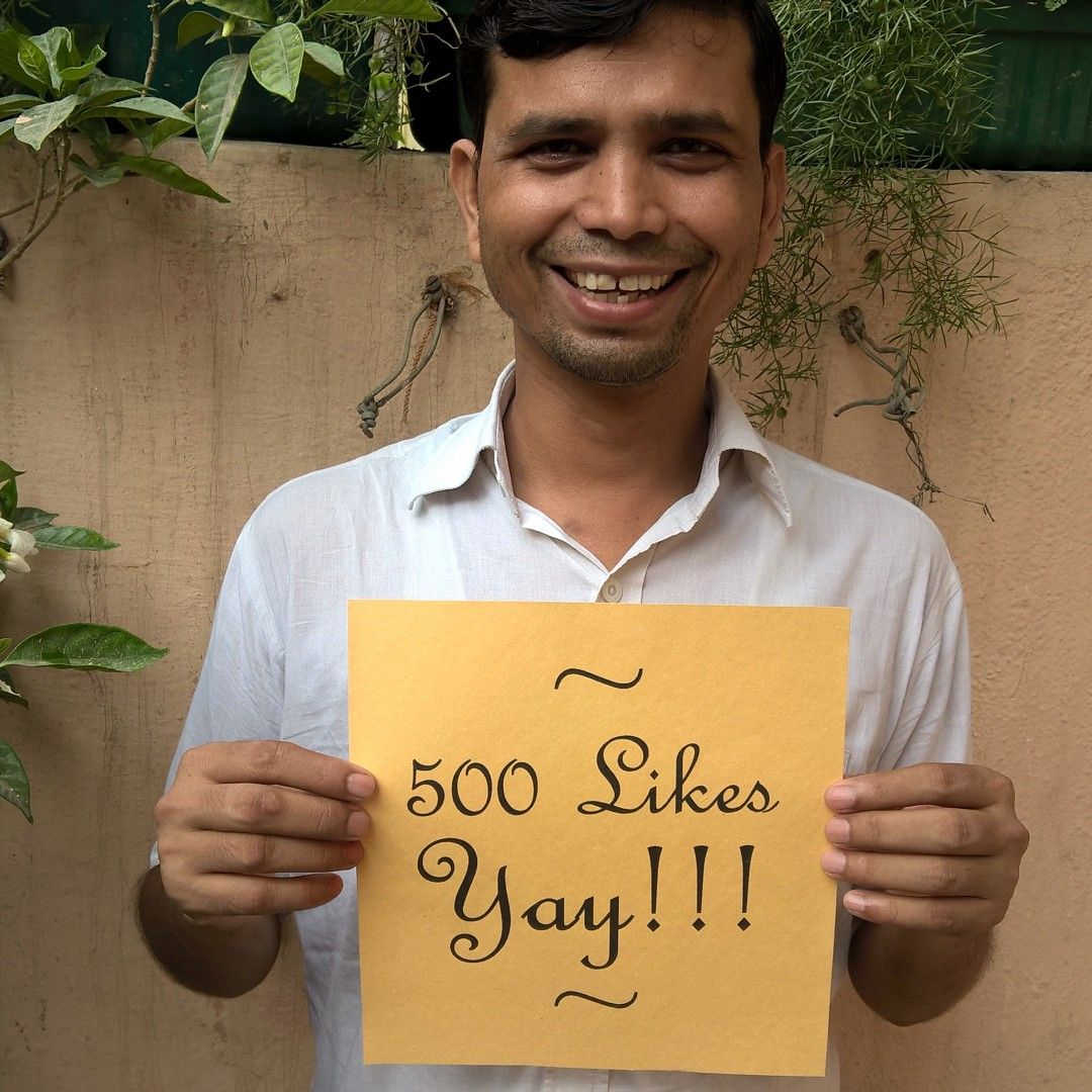 #Jahangir is super excited at reaching 500 #Facebook likes HURRAH!!!!!! Thank you for all the <3 WE LIVE ON IT!! xx Team #Chiaroscuro