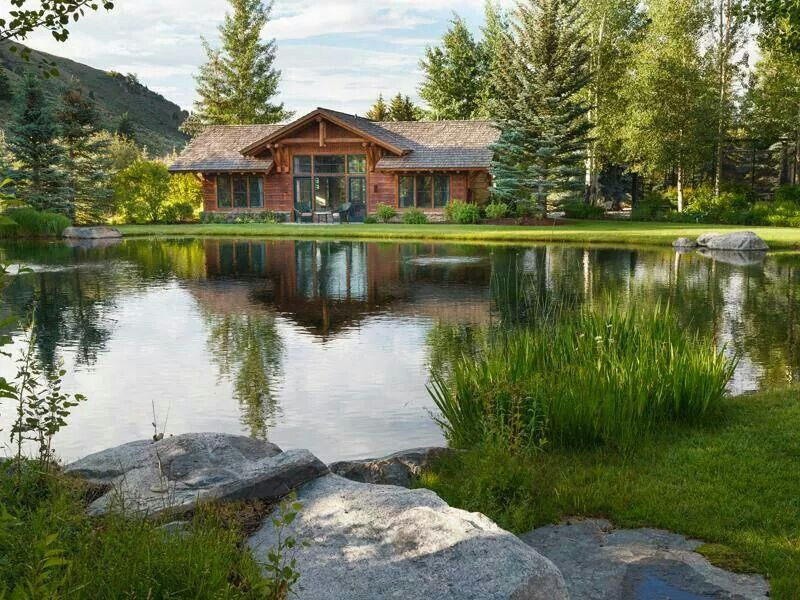 I Want To Be Here Beautiful Homes Ponds Backyard Pond