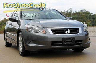 Check out this 2009 Honda Accord LX in Gray from First Auto Credit in , MO 63755. It has an automatic transmission. Engine is 2.4L DOHC 16-valve I4. Call Customer Service at (573) 204-7777 today!