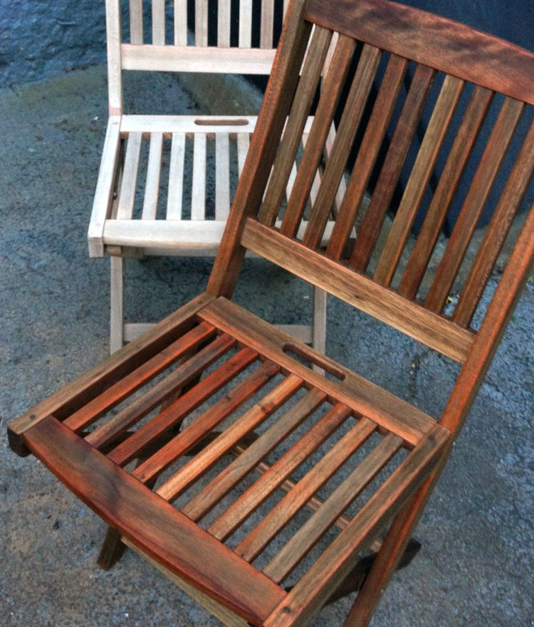 RaeChild DIY {teak outdoor furniture refinishing: before and after} I want  to find some teak furniture that needs dome tlc for our patio - Project: DIY Renew Outdoor Teak Set Balcony Playground/garden