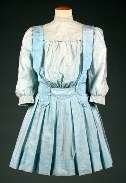 1905-1910 Pinafore skirt and blouse