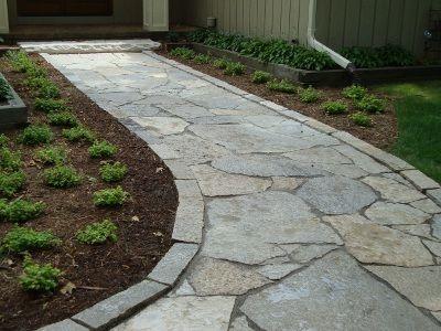 Flagstone Walkway With Edge Detail Backyard Walkway Walkway Landscaping Walkways Paths