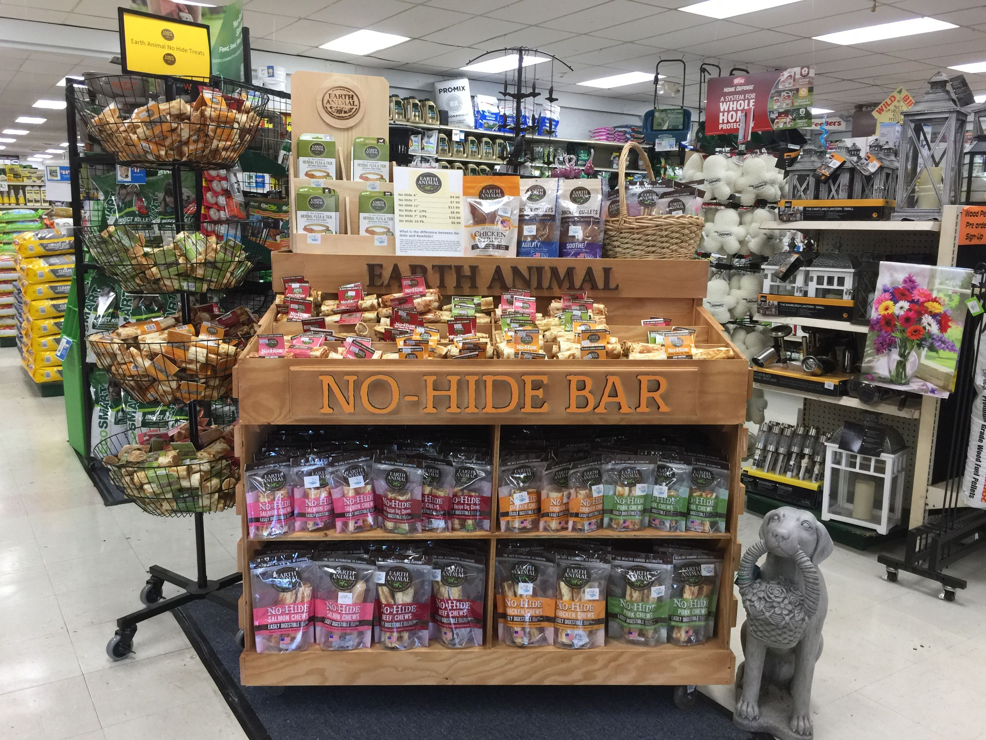 The Singles Bar For Healthy Chewers Is Now At Myagway Stores Visit Our Earth Animal No Hide Display For This Award Winning L Dog Chews Hidden Bar Healthy Pets