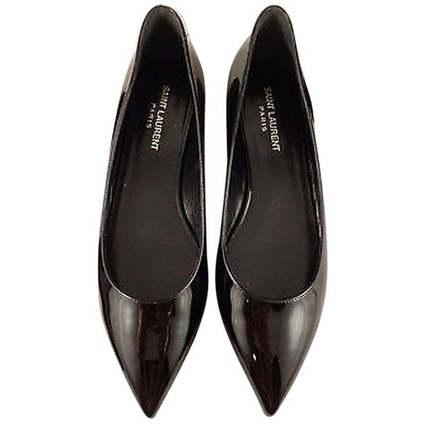 Pre-owned Saint Laurent Ysl Paris Black Patent Leather Pointed... (26.035 RUB) ❤ liked on Polyvore featuring shoes, flats, black, black flat shoes, black patent leather flats, pointy flats, black ballet flats and black patent flats