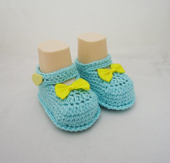 Crochet Baby Booties Cute Baby Botties in Blue and by evefashion