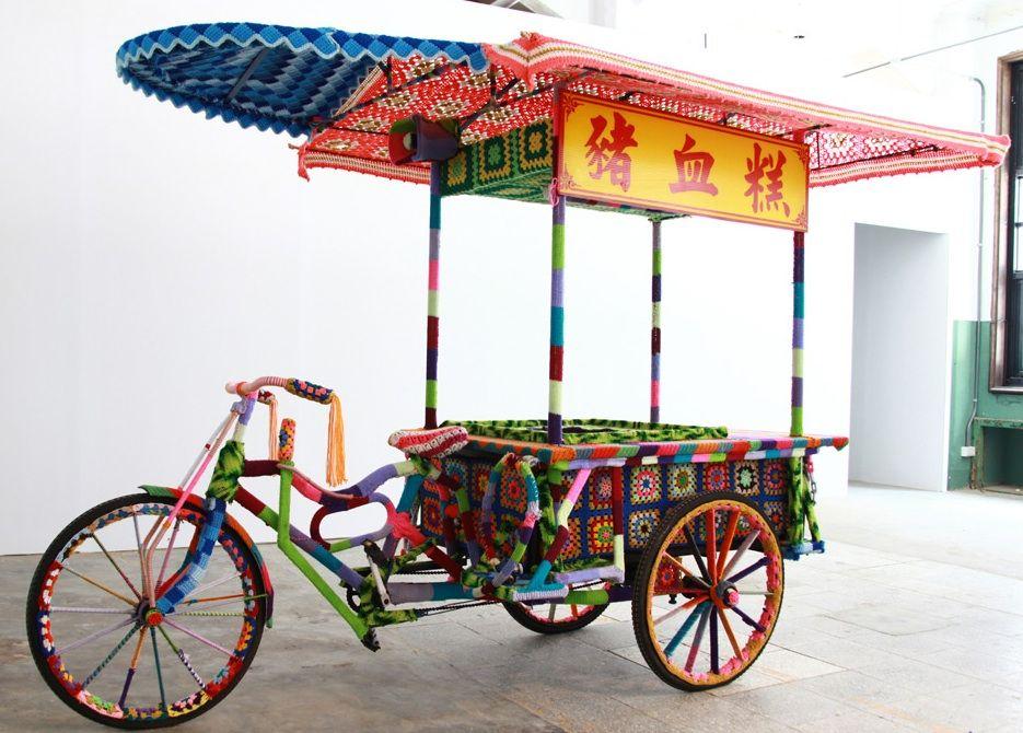 Bicycle Yarn Bombing and knitting art by Magda Sayeg