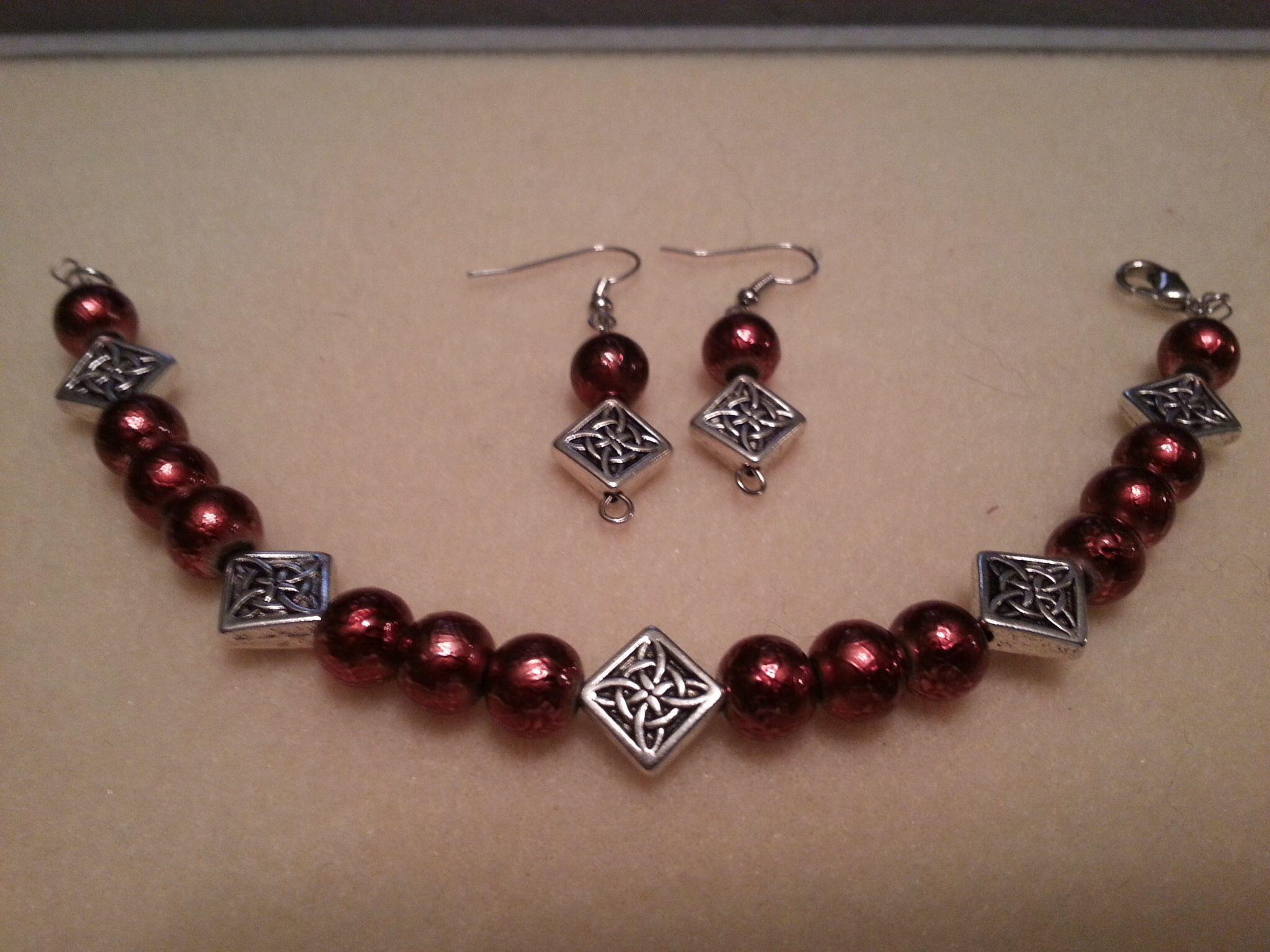 Burgundy u silver bracelet u earrings fb nikoftime designs