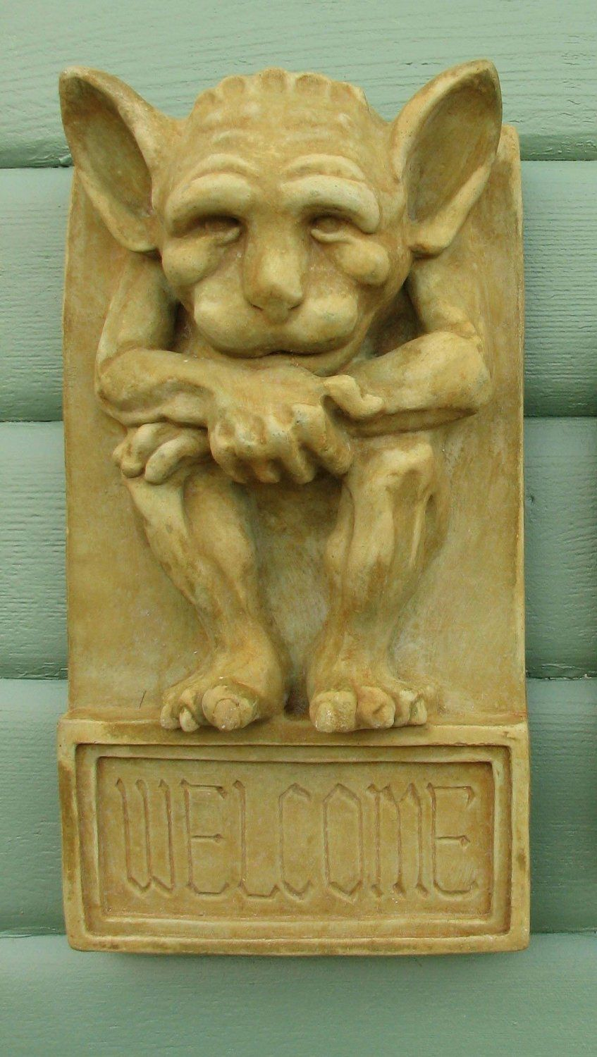 Amazon.com : Gargoyle WELCOME PLAQUE 16.5 GREEN-BROWN STAIN Outdoor ...