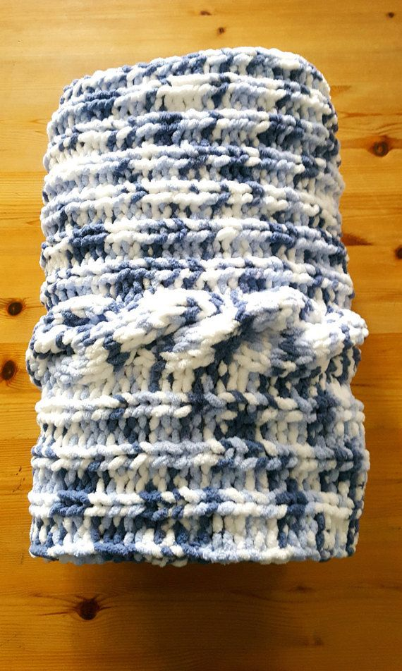 Blue baby blanket / Free Shipping / Knit baby by UniqueKnitDesign