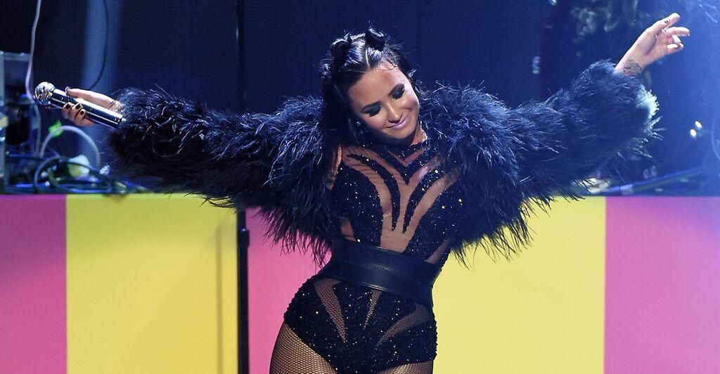 Pin On Demi Lovato-2589