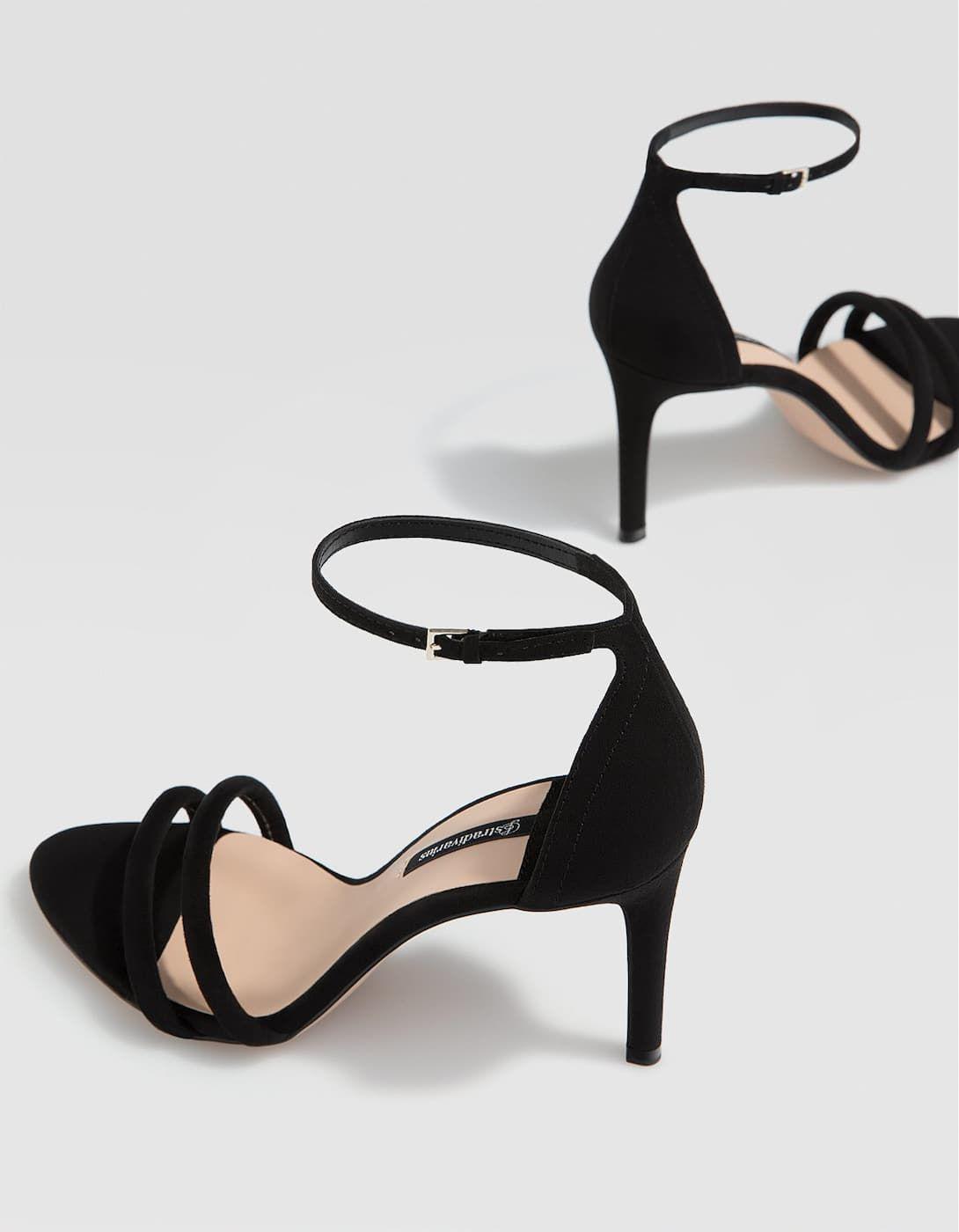 Sandalia tacón fino negra - Sandalias de mujer  f3aae01f3a6