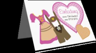 Einladungskarten Oktoberfest Drindl Tracht und Lederhose weiss
