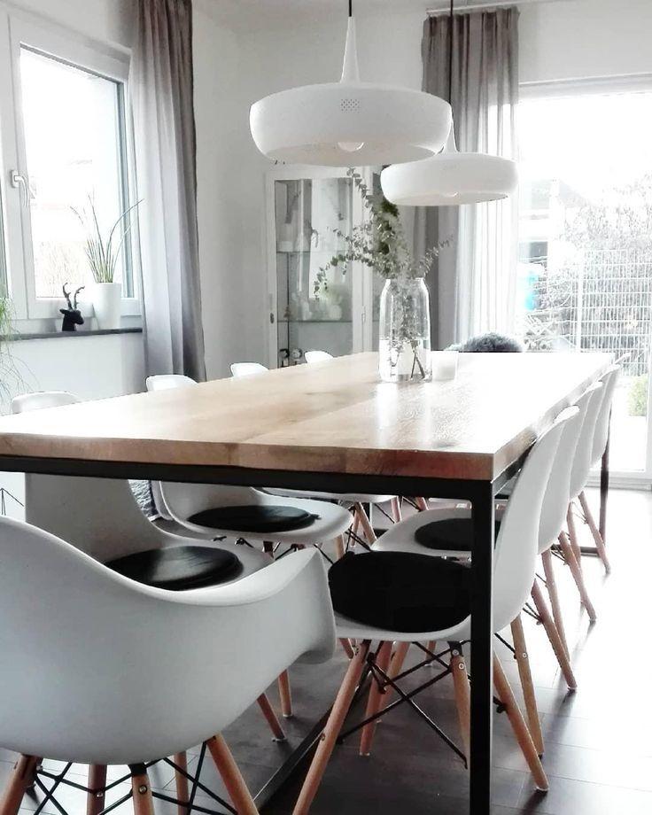 Weiss Holz Das Naturliche Interior Traumpaar Die Weissen Stuhle