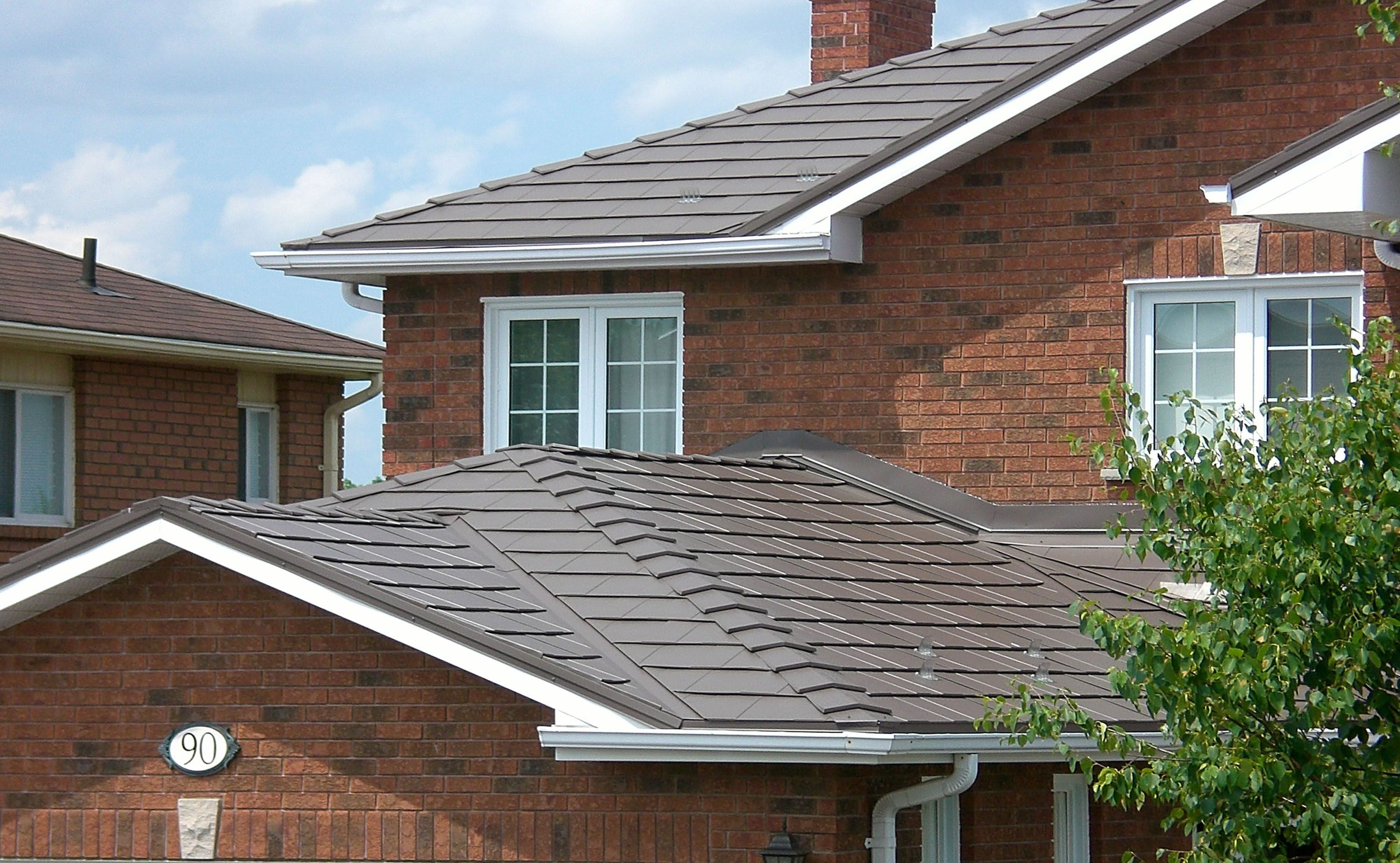 Best Metal Roofing Component Manufacturers Choose Kynar 500 640 x 480