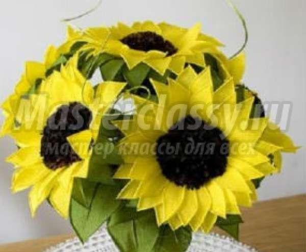 Цветы из гофрированной бумаги: лучшие мастер-классы с фото ...