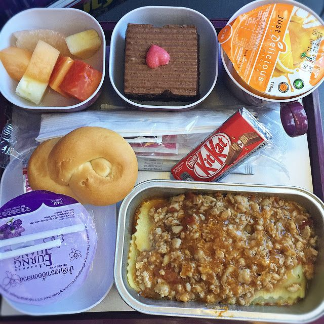 Cuisine Paradise Singapore Food Blog Recipes Reviews And Travel Day 1 6d5n Trip To Bangkok Bkk Thailand In 2020 Cafeteria Food Food Airline Food