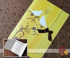 Resultado de imagem para convites de casamento amarelo