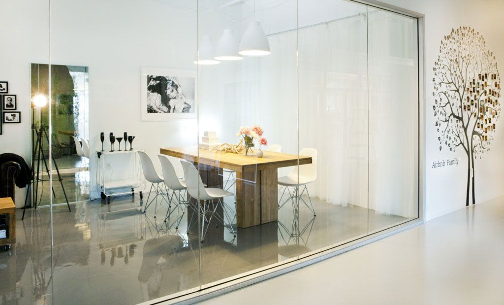 Office Glass Wall Ideas and Three Wall Decor | Modern ...