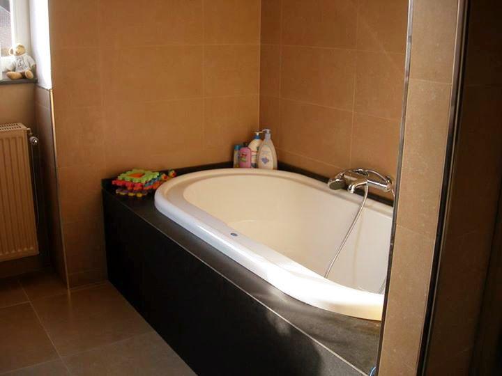 Contour de baignoire en Granit Noir du Zimbabwe, pierre naturelle ...