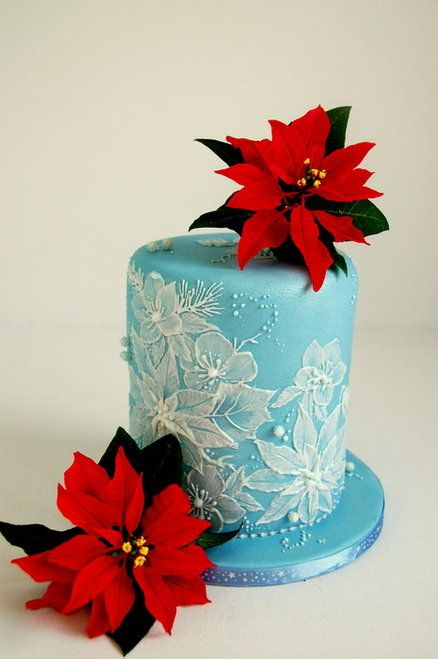 Royal Icing Brush Embroidery And Sugar Poinsettias Christmas Cake Cake By Topsecretfairy Christmas Cake Christmas Themed Cake Winter Cake