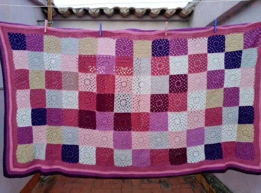 Mantita de cuadrados de la abuela para Mireia. 2014.