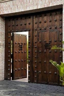 Portones rusticos de hierro forjado google search for Portones madera rusticos