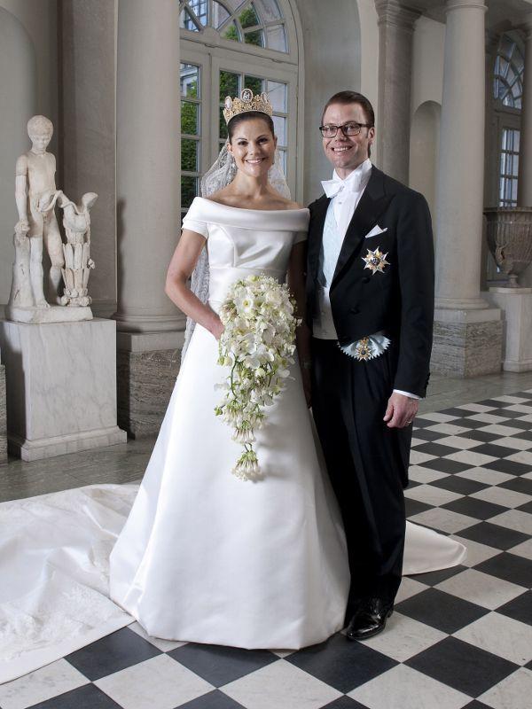 Die Letzte Grosse Marchenhochzeit Feierten Prinzessin Victoria Von Schweden Und Ihr Daniel Am 19 Juni Royal Wedding Dress Royal Brides Celebrity Wedding Gowns