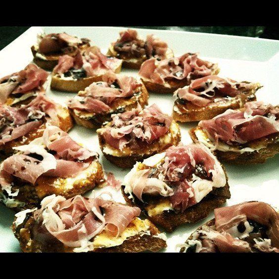 Mascarpone, Fig, Prosciutto Crostini  Food -5426
