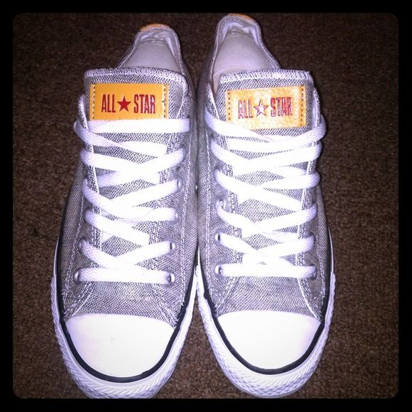 Grey Jeans Converse 💥LIMITED EDITION💥 Barely Worn. Price Negotiable ! Converse Shoes