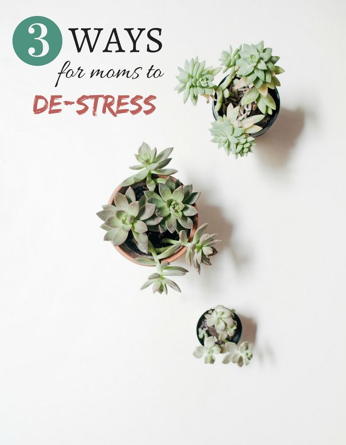 3 Ways for Moms to De-Stress | How To Relax As A Mom | Stress Free Motherhood | Relaxing Ideas For Moms | MomTrends.com