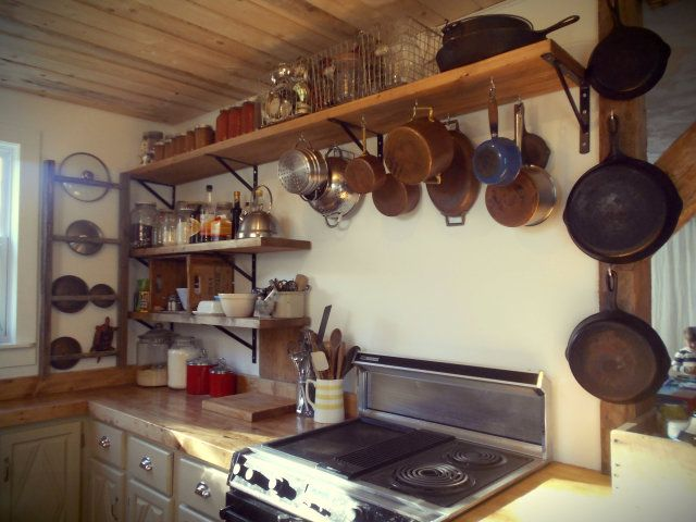 Only One Shelf Above Stove Add Hooks For Pots And Pans Shelves On Either