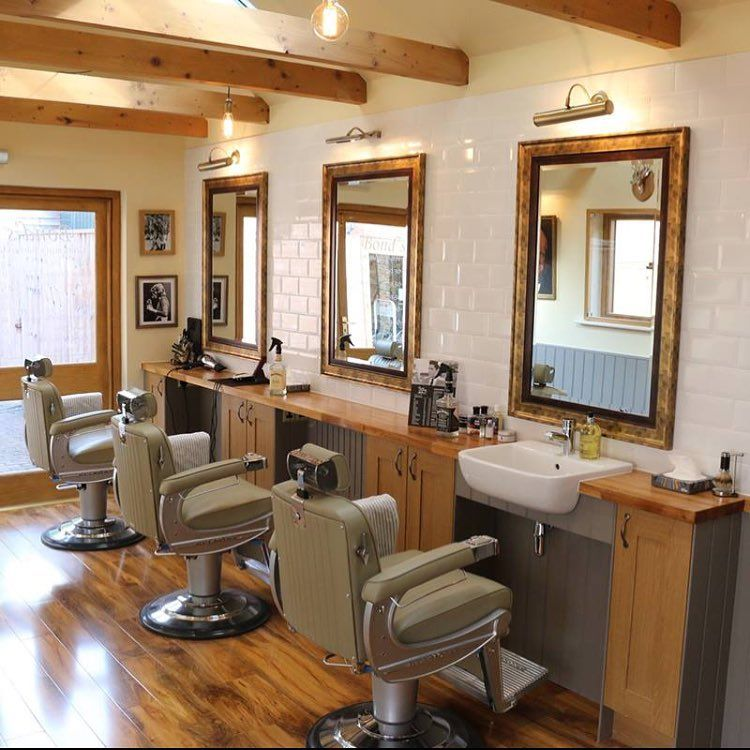 136 Likes 2 Comments Takara Belmont Takara Belmont Uk On Instagram Head Over To Our Face Barber Shop Decor Barbershop Design Interior Barbershop Design