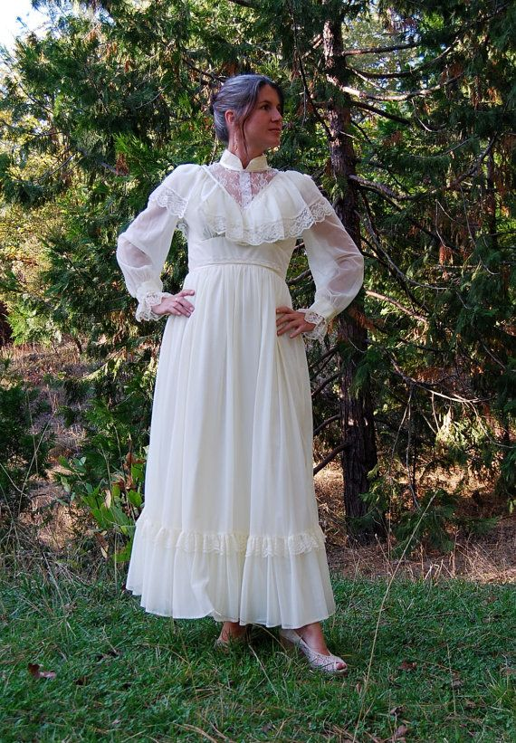 I really like gunnysac dresses (or however you spell that)