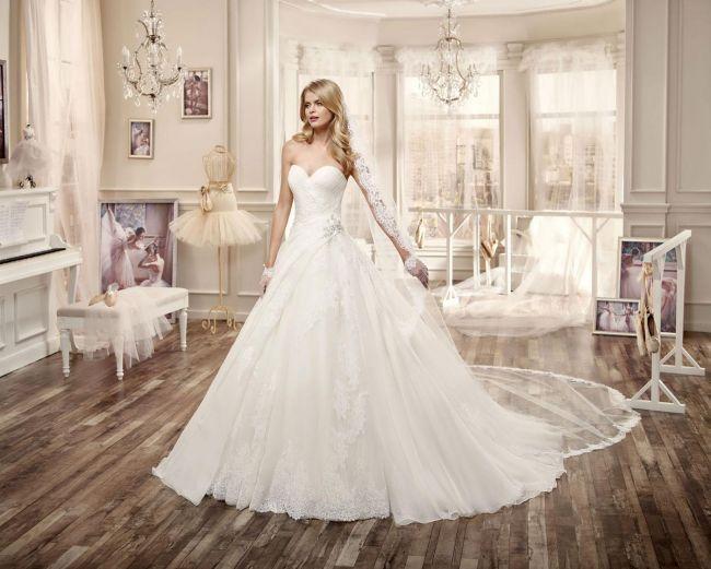Nicole Spose 2016 : Des robes de mariée distinguées et glamour à couper le souffle Image: 9