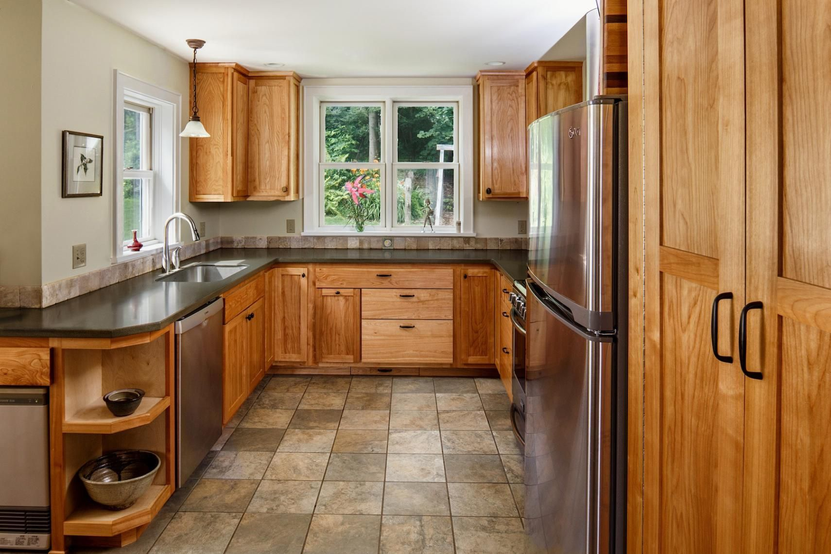 Cherry Flat Panel Kitchen Cabinetry With Images Cabinetry Kitchen Custom Cabinetry