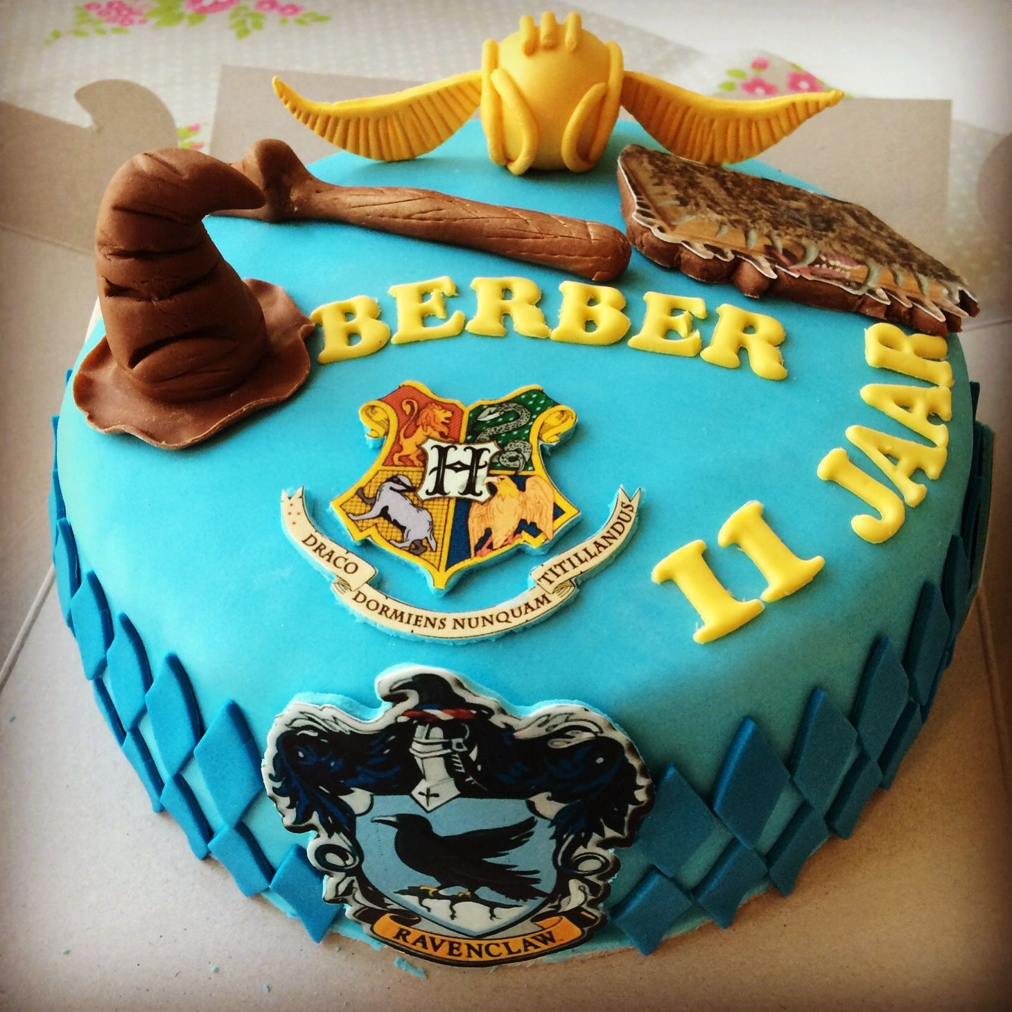 Harry Potter Ravenclaw cake made by Beppie Bakgraag Harry Potter