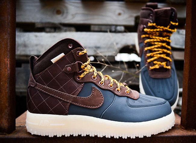 the latest e146f 45879 Nike Air Force 1 High Duckboot   Black   Brown