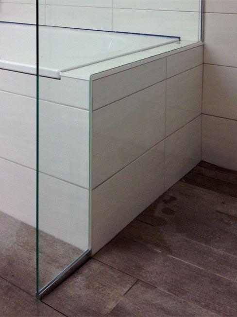 Aufgesetzte Duschtrennwand auf Badewanne Duschtrennwand