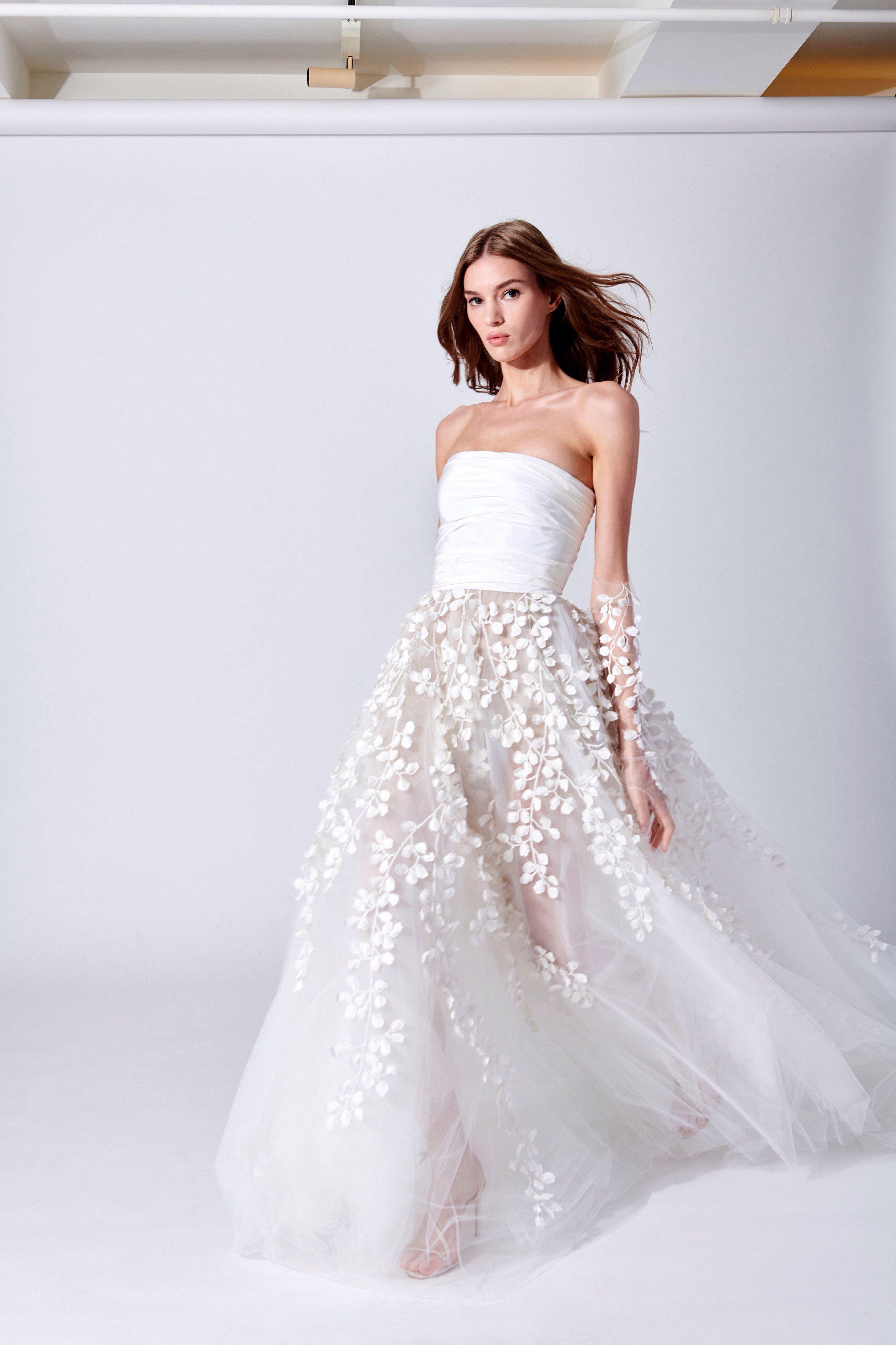 Oscar de la Renta Bridal Spring 2019 Fashion Show in 2020