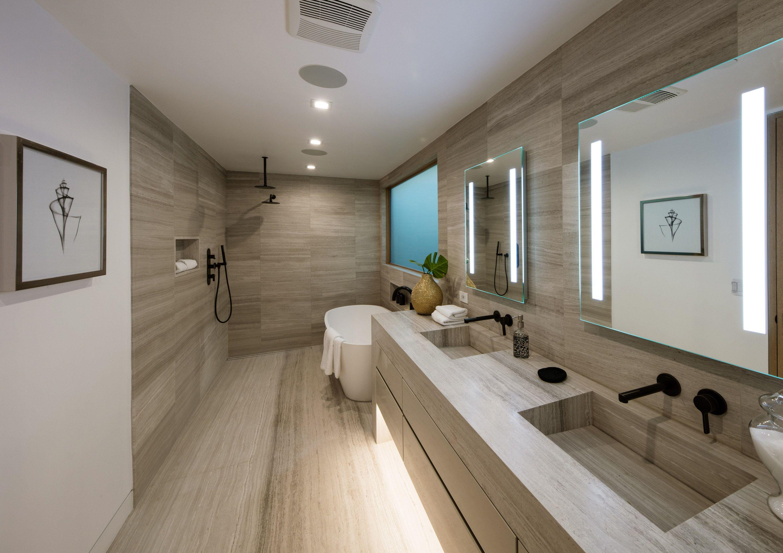 Best Ultra Modern Master Bath In Luxury Home Luxury Bathroom 640 x 480