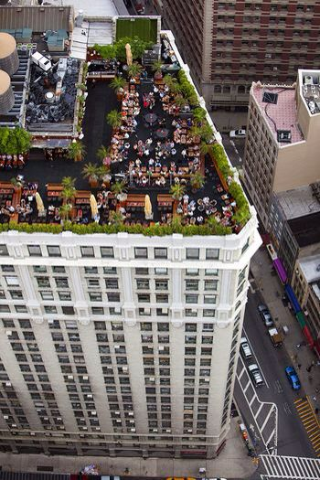 NYC - Rooftop party