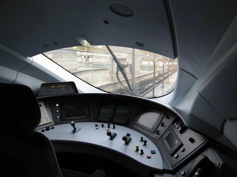 Eurostar e320 cab