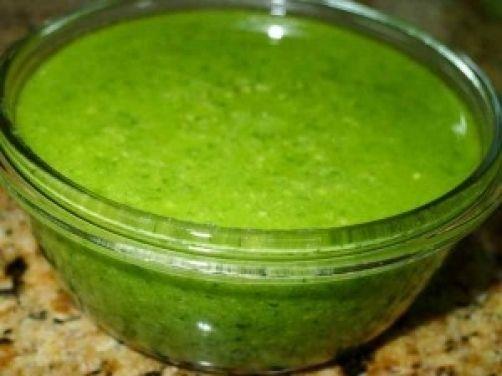Una deliciosa receta de Salsa pesto para #Mycook http://www.mycook.es/receta/salsa-pesto/