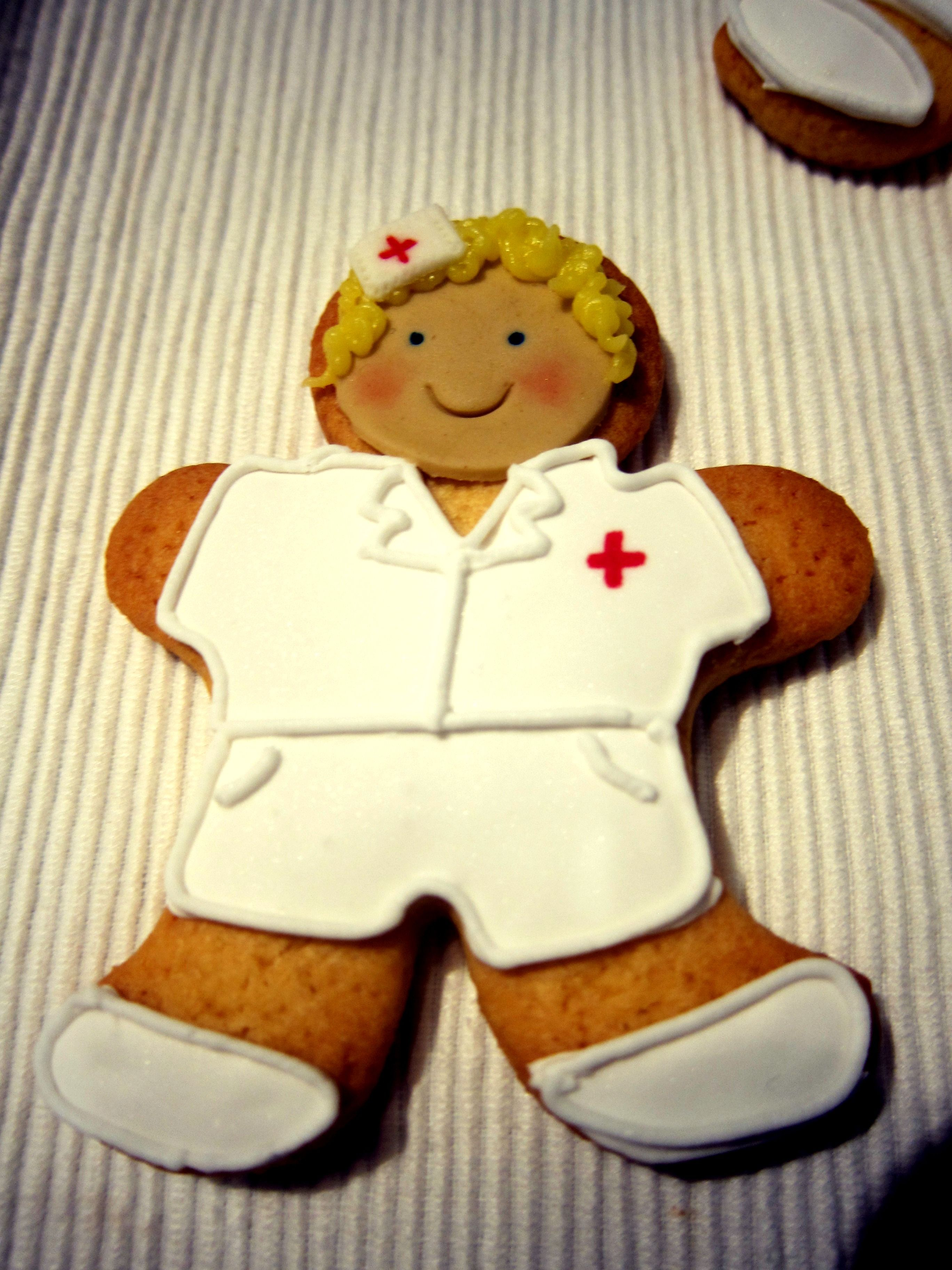 Nurse Cookie Using A Gingerbread Man Cookie Cutter Doctor Cake
