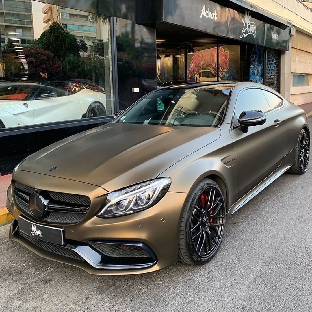 MercedesAMG C63s Coupé in Matt Bond Gold