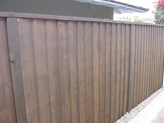 20 Fence 1x8x6 Louvered Redwood With 2x4 Cap Fencing Companies Fence Pyramids