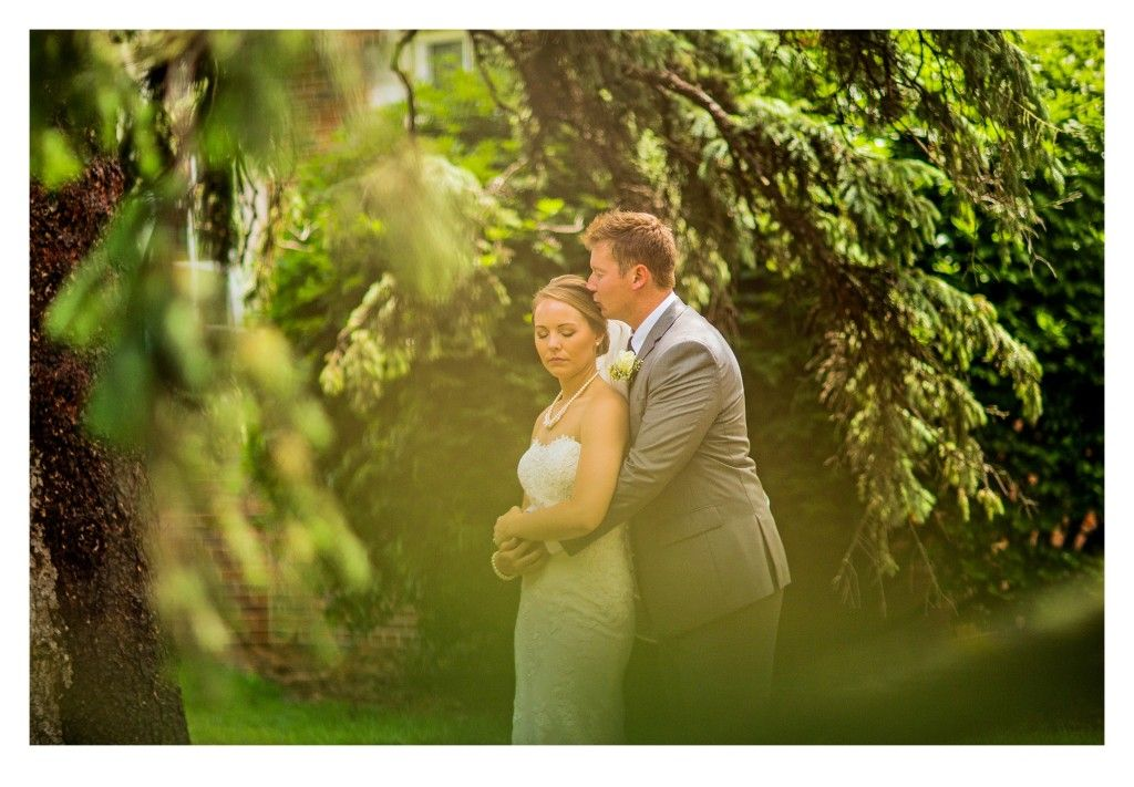 Des Moines, Iowa Wedding Photography by Sarah Urich & Tanner Urich of ZTS Photo http://www.ztsblog.com